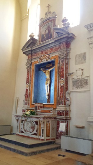 Altare del Crocifisso