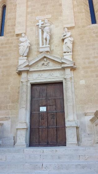 Ingresso sud - Cattedrale di Gravina in Puglia